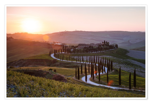 Premiumposter Sunset over farmhouse in Tuscany, Italy