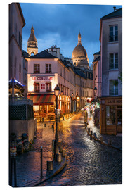 Canvastavla  Street in Montmartre with Basilica of Sacre Coeur, Paris, France - Jan Christopher Becke