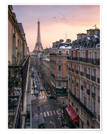 Premiumposter  Street in Paris with Eiffel tower at sunset - Jan Christopher Becke
