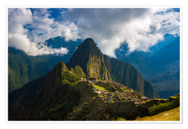 Premiumposter  Light and clouds over Machu Picchu, Peru - Fabio Lamanna