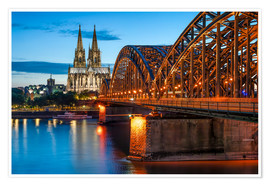 Premiumposter  Cologne Cathedral and Hohenzollern Bridge at night - Jan Christopher Becke