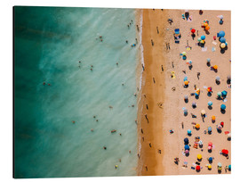 Aluminiumtavla  Aerial view of people at the beach in Portugal - Radu Bercan